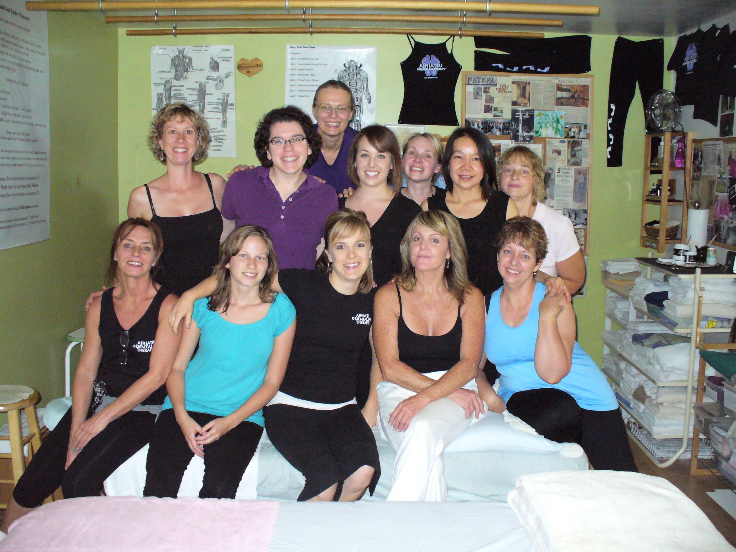 Teresa Porter with Ruthie Hardee, founder of Ashiatsu Oriental Bar Therapy, in Colorado.